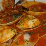 Almejas en salsa de tomate